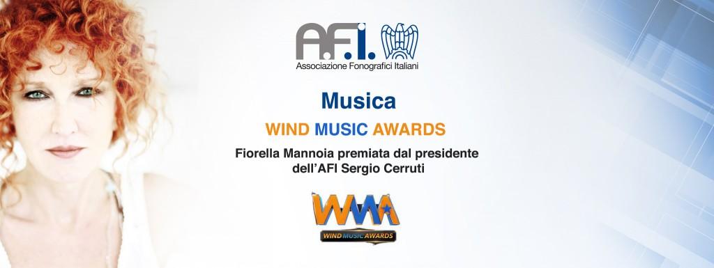 WIND MUSIC AWARDS, FIORELLA MANNOIA PREMIATA DAL PRESIDENTE DELL'AFI SERGIO CERRUTI